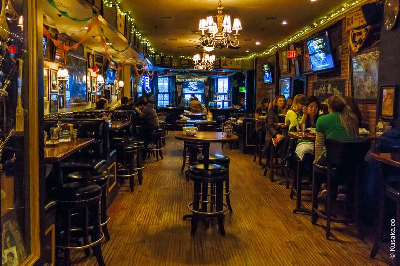 05-2-McGreevys-Irish-pub-Boston-second-room