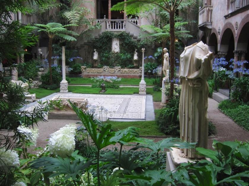 isabella-stewart-gardner-museum-courtyard-980x735