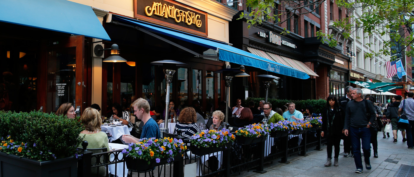 outdoor-dining-north-end-waterfront-dining-massachusetts-boston-eater-patios-lookout-rooftop-and-bar-best-outdoor-dining-boston