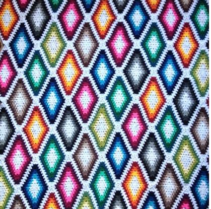 Diamond-Blanket-Crochet-1